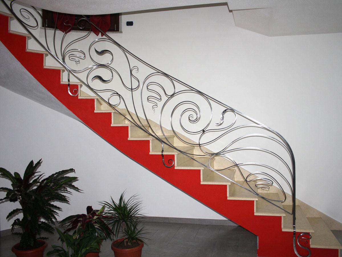 Scale E Ringhiere Per Interni ringhiere in ferro battuto per scalinate ed interni